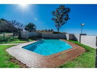 Property For Rent in Honeyhills, Roodepoort 8