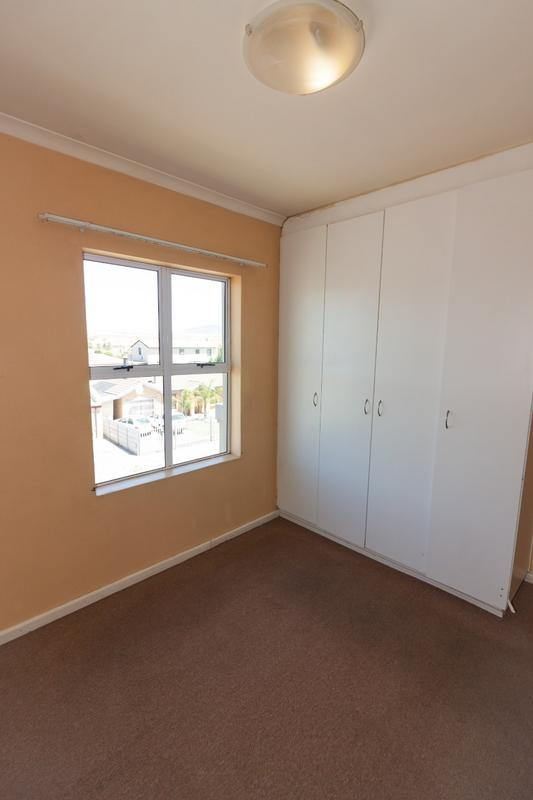 Property For Rent in Uitzicht, Cape Town 10