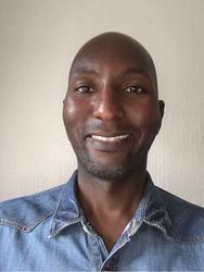 Shadrach  Mthombeni, estate agent