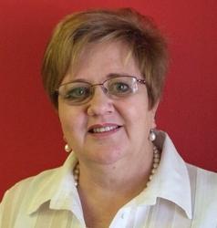 Chrizane du Plessis, estate agent